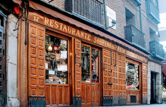Đặc sản bên trong nhà hàng suốt 295 năm chưa bao giờ đóng cửa - 1