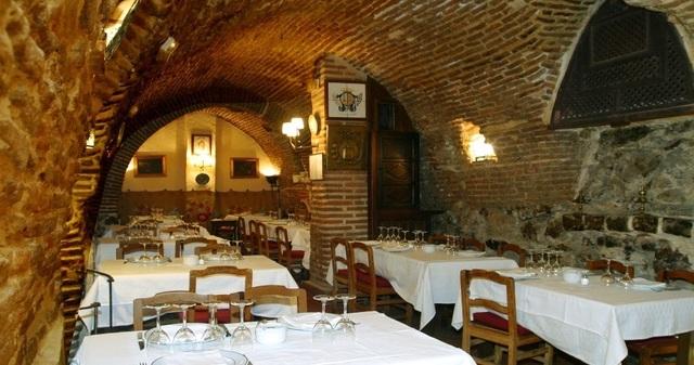 Đặc sản bên trong nhà hàng suốt 295 năm chưa bao giờ đóng cửa - 2