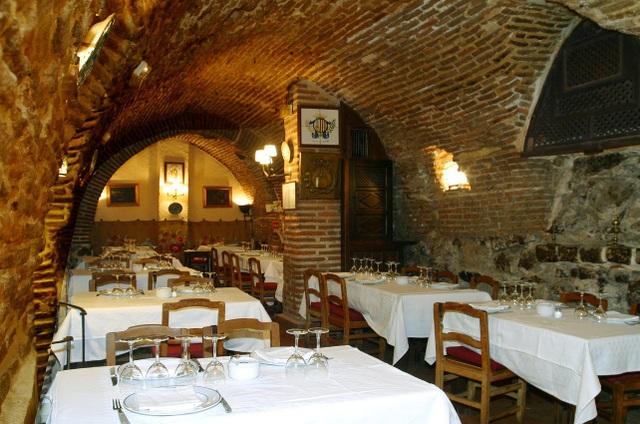 Đặc sản bên trong nhà hàng suốt 295 năm chưa bao giờ đóng cửa - 4