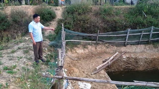 Nắng nóng kéo dài người dân miền núi  lâm vào cảnh khát nước sinh hoạt - 9