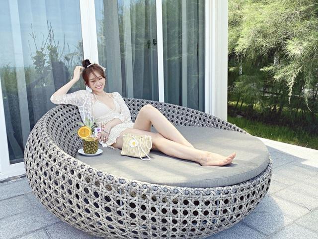 Hari Won diện áo tắm khoe sắc vóc nóng bỏng ở tuổi 35 - 8