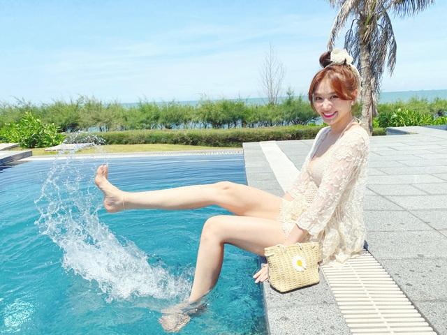 Hari Won diện áo tắm khoe sắc vóc nóng bỏng ở tuổi 35 - 12