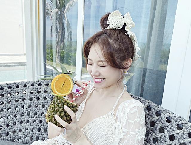 Hari Won diện áo tắm khoe sắc vóc nóng bỏng ở tuổi 35 - 9