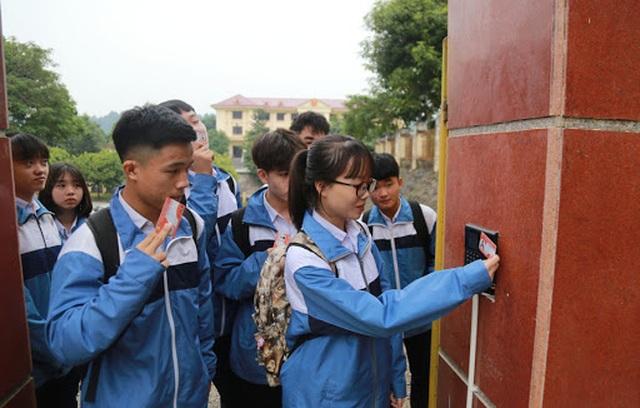 Lào Cai: Ban hành phương án xét tốt nghiệp THCS, tuyển sinh THCS và THPT - 1