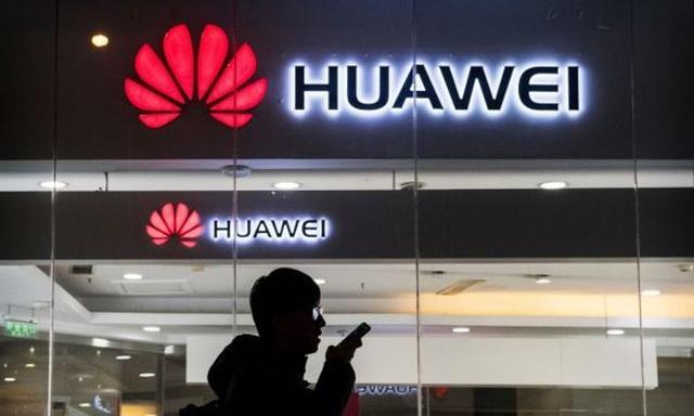 Hãng tin Reuters: Mỹ nghi quân đội Trung Quốc đứng sau Huawei và 19 công ty  - 1