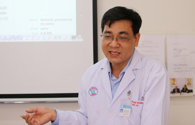 Khám u tuyến vú phải, phát hiện ung thư vú trái - 2
