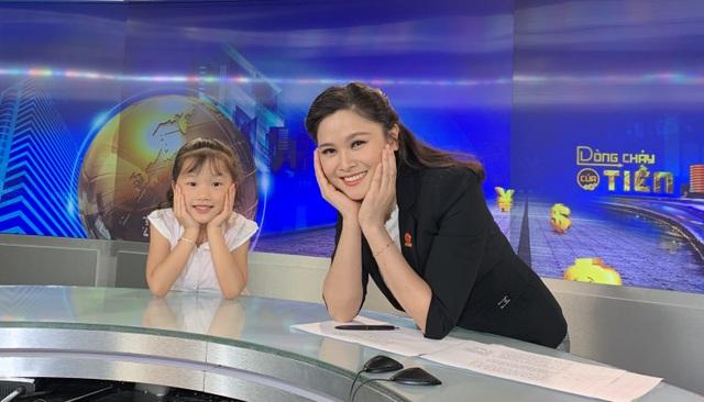 """""""Hướng dẫn viên"""" 6 tuổi rưỡi nói tiếng Anh như gió quảng bá du lịch Việt - 7"""