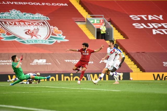 Những khoảnh khắc thăng hoa trở lại của Liverpool - 12