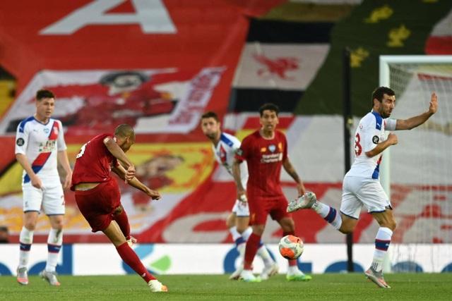 Những khoảnh khắc thăng hoa trở lại của Liverpool - 14