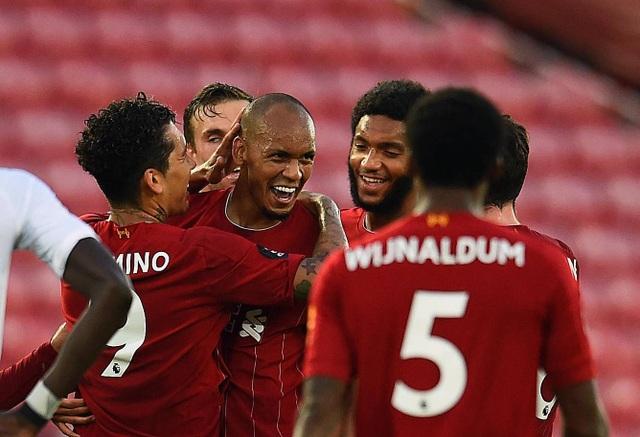 Những khoảnh khắc thăng hoa trở lại của Liverpool - 15