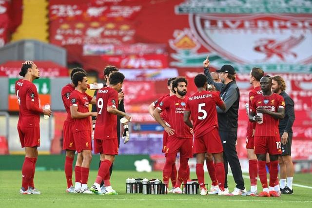 Những khoảnh khắc thăng hoa trở lại của Liverpool - 8