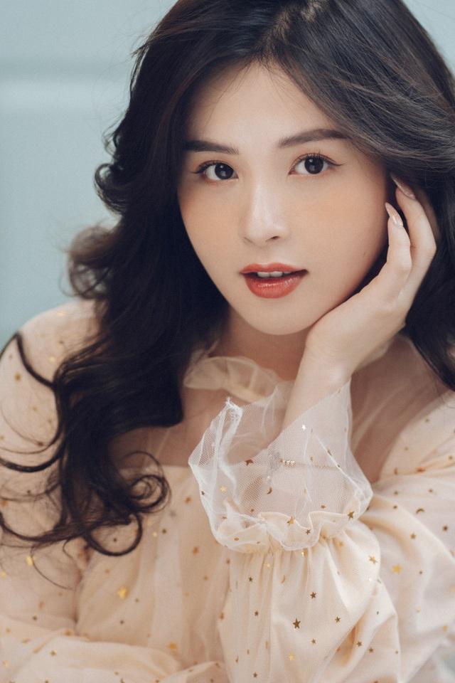 """""""Nancy phiên bản Việt"""" xinh như thiên thần dù đã bước sang tuổi 27 - 6"""