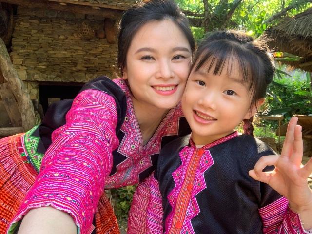 """""""Hướng dẫn viên"""" 6 tuổi rưỡi nói tiếng Anh như gió quảng bá du lịch Việt - 1"""