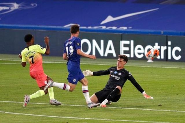 Gục ngã trước Chelsea, Man City dâng ngôi vô địch cho Liverpool - 6