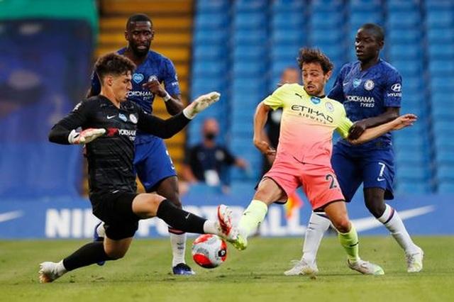 Gục ngã trước Chelsea, Man City dâng ngôi vô địch cho Liverpool - 9
