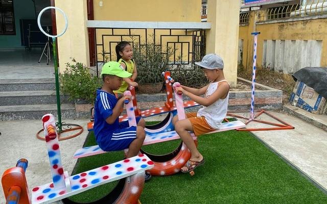 """Quảng Ngãi:  Áo xanh """"đội nắng"""" rửa xe gây quỹ giúp người nghèo - 3"""
