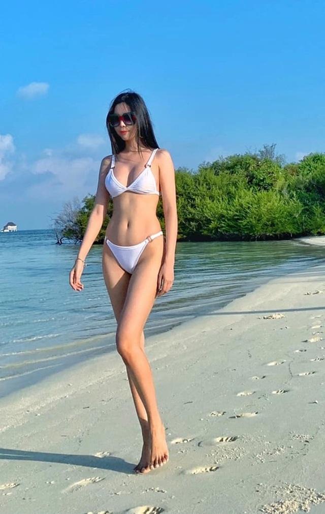 """Hoa hậu phản đối vụ: """"Cho ngồi xe Mẹc dạo một vòng Hà Nội, cô nào chả yêu"""" - 4"""