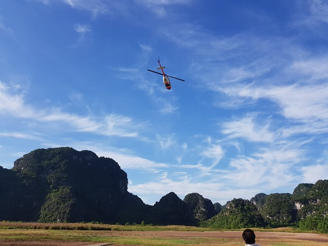 """Di sản Tràng An """"thu trọn trong tầm mắt"""" từ máy bay trực thăng - 5"""