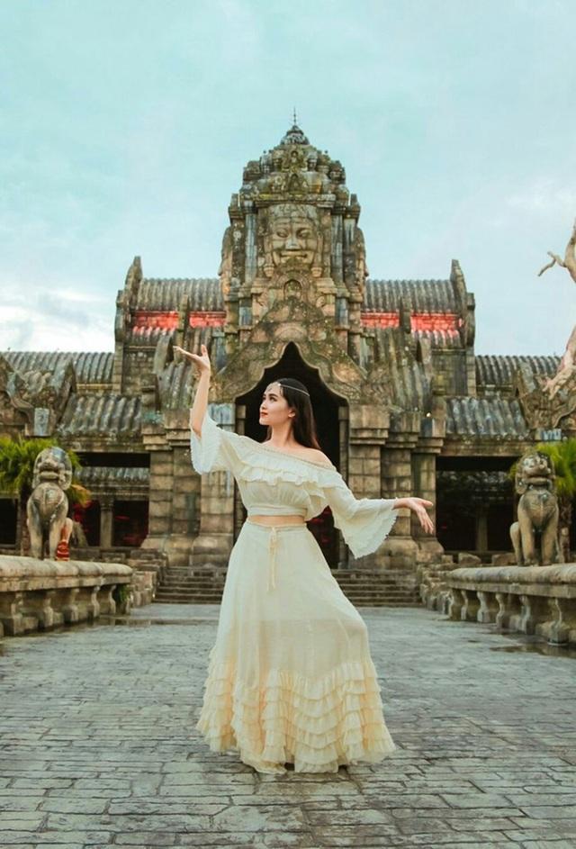 Nữ sinh trường Y đăng ảnh du lịch xinh như công chúa, hút nghìn like - 6