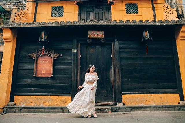 Nữ sinh trường Y đăng ảnh du lịch xinh như công chúa, hút nghìn like - 7