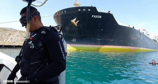 Vận chuyển dầu cho Venezuela, 5 thuyền trưởng Iran bị Mỹ trừng phạt - 2