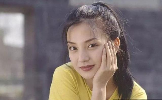"""""""Nao lòng"""" trước nhan sắc trẻ trung của """"Tiểu Yến Tử"""" Triệu Vy - 4"""