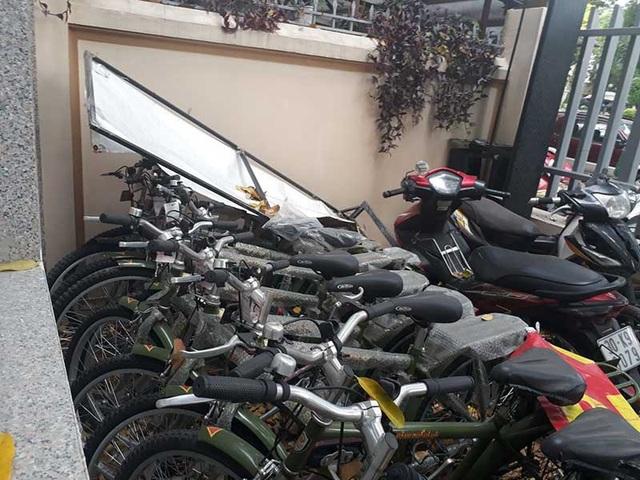 Bộ Công an: Không có chuyện xe đạp của công an phường đắp chiếu, phủ bụi - 1