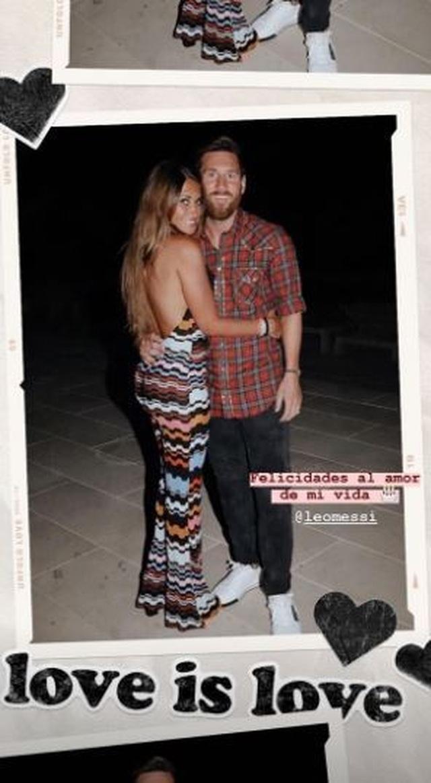 Vợ chồng Messi gây xúc động với loạt ảnh tình yêu ngọt ngào - 2