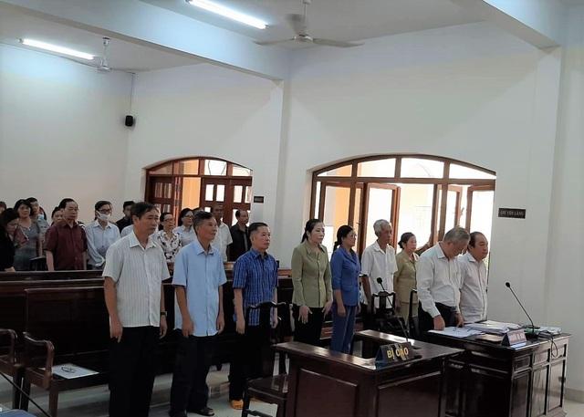 Tạm dừng xét xử vụ tham ô 79 tỷ đồng ở Công ty xổ số Đồng Nai - 2
