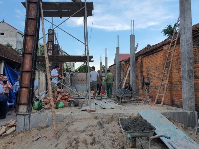 Hơn 2 tỉ đồng của bạn đọc giúp đỡ 2 hoàn cảnh khó khăn tại Bắc Giang - 2