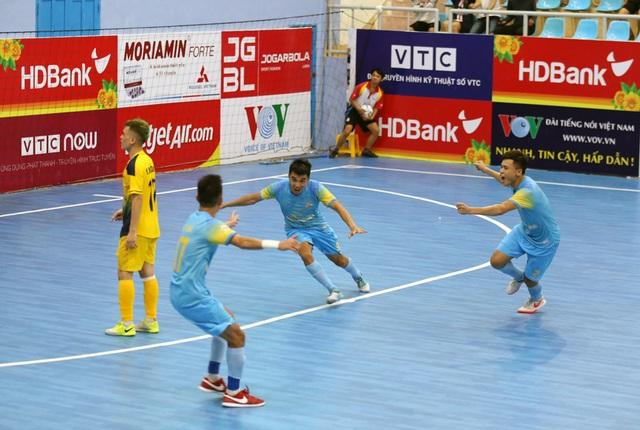 Đội đầu bảng Sahako nhận thất bại đầu tiên tại giải futsal vô địch quốc gia - 1
