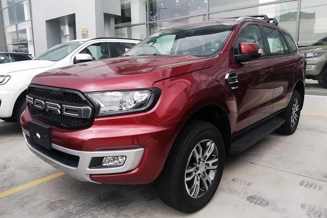 Ford Ranger và Everest giảm giá hơn 100 triệu đồng để đẩy hàng tồn - 1