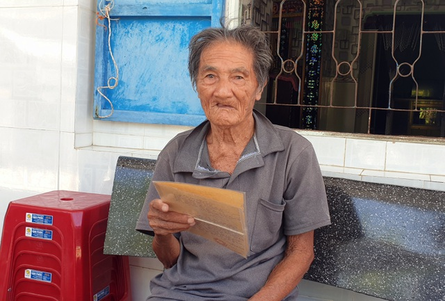 Cụ ông 103 tuổi mỏi mòn chờ chính quyền xã trả lại đất của chính mình - 3