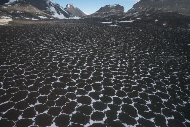 Nơi khô nhất không có mưa suốt hàng triệu năm, môi trường giống với sao Hỏa - 2
