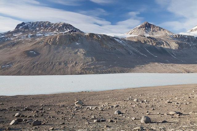 Nơi khô nhất không có mưa suốt hàng triệu năm, môi trường giống với sao Hỏa - 3