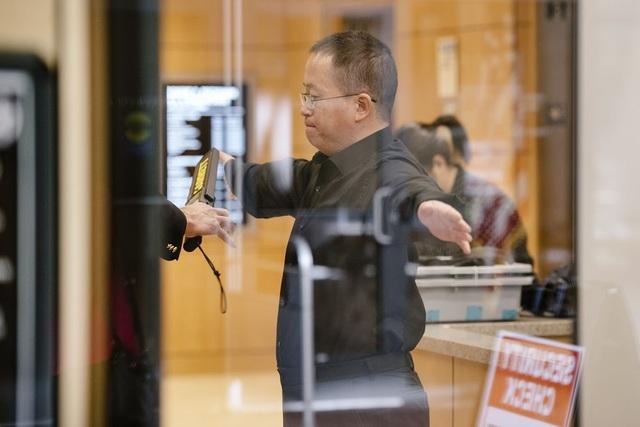 Giáo sư Trung Quốc bị Mỹ kết tội gián điệp kinh tế - 1