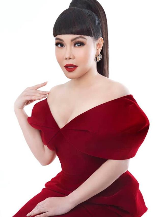 Việt Hương chia sẻ vì sao không còn xuất hiện cùng Hoài Linh trong gameshow - 4