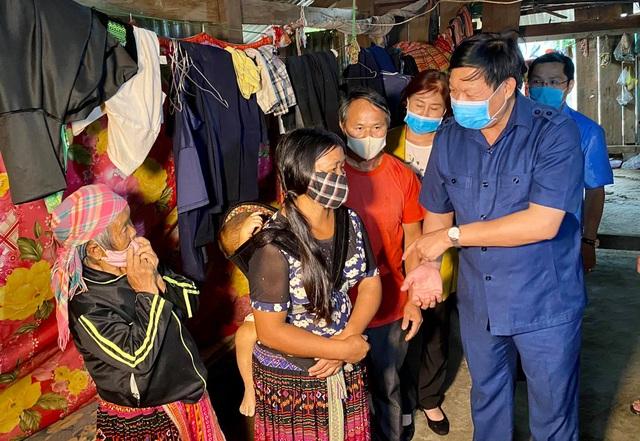 Thứ trưởng Bộ Y tế: Không để ổ dịch bạch hầu tại Đắk Nông bùng phát trở lại - 4