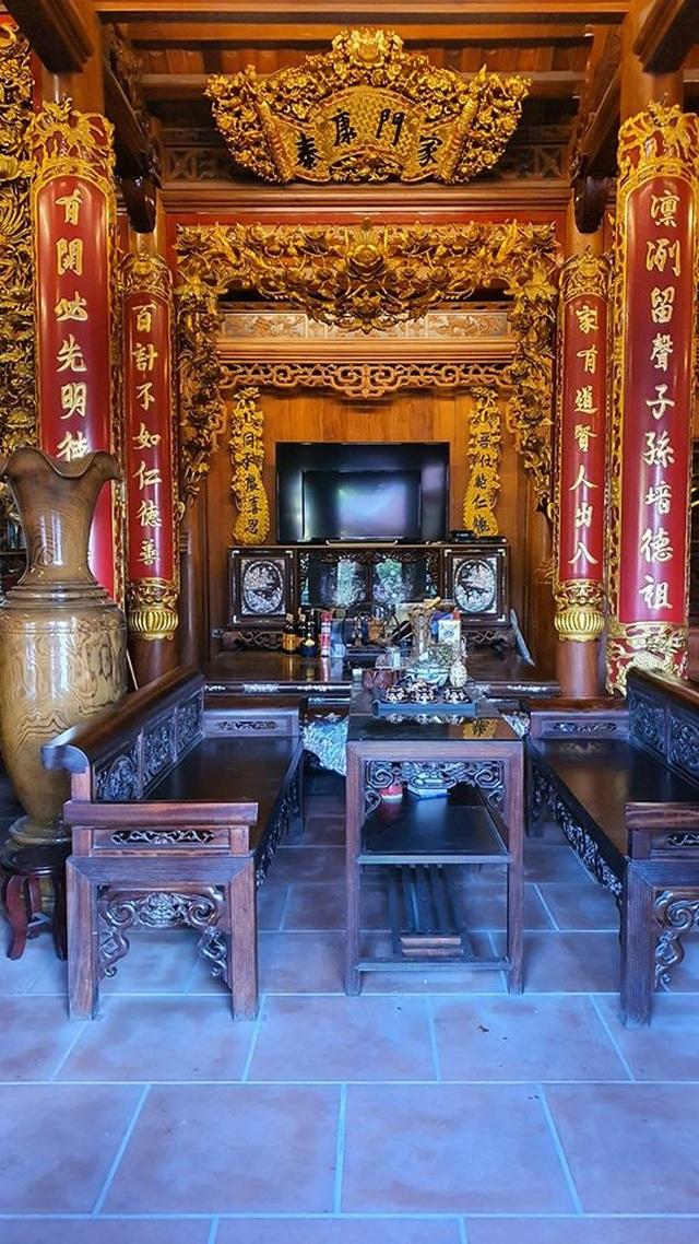 """""""Biệt phủ"""" của đại gia Hà Nội: Rộng nghìn mét, nội thất được dát vàng xa xỉ - 6"""