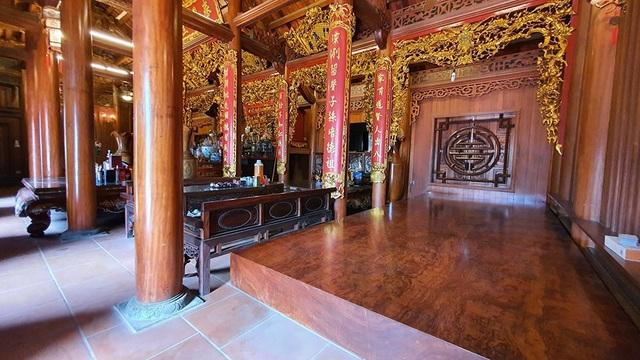 """""""Biệt phủ"""" của đại gia Hà Nội: Rộng nghìn mét, nội thất được dát vàng xa xỉ - 4"""
