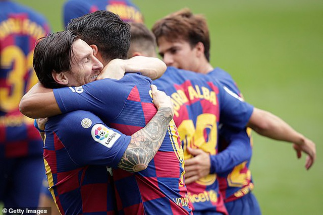 Messi và Suarez tỏa sáng, Barcelona vẫn hòa thất vọng Celta Vigo - 6
