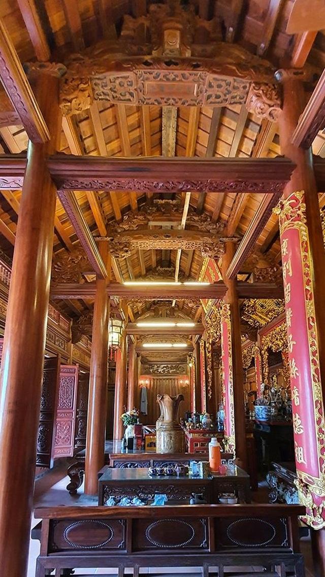 Ngắm nhà gỗ cổ Bắc Bộ với hồ cá Koi đẹp hiếm có ở ngoại thành Hà Nội - 5