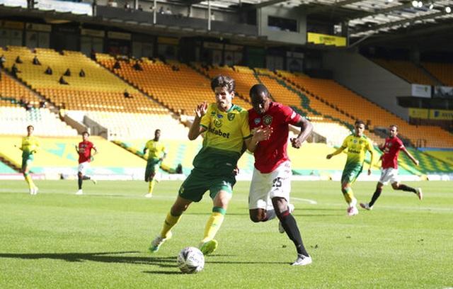 Maguire ghi bàn quyết định, Man Utd nhọc nhằn vào bán kết FA Cup - 12