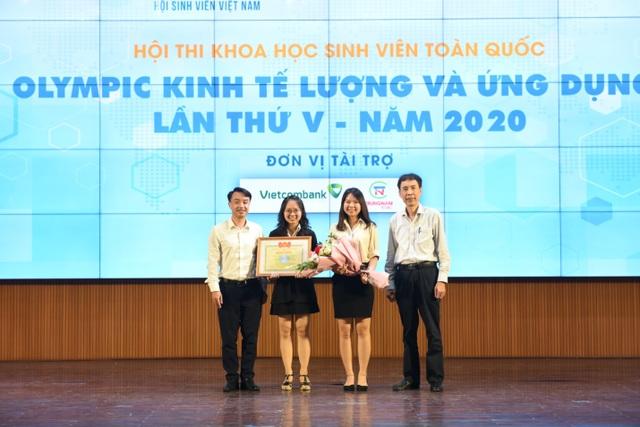 """Lộ diện SV đoạt giải đặc biệt hội thi """"Olympic kinh tế lượng và ứng dụng"""" - 1"""