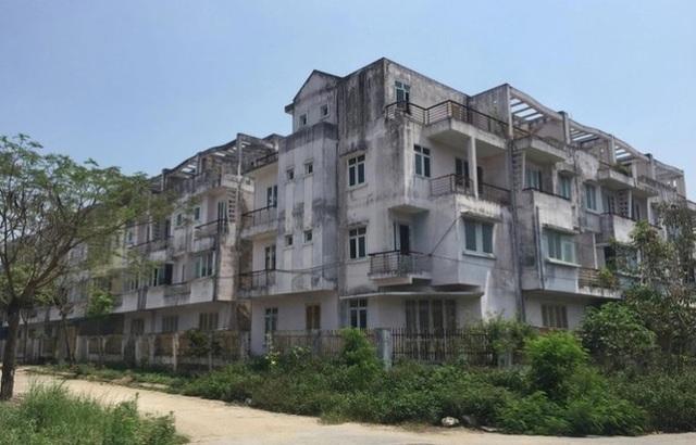 Cử tri đề nghị Hà Nội xử tình trạng lo xây nhà để bán, bỏ quên trường học - 1