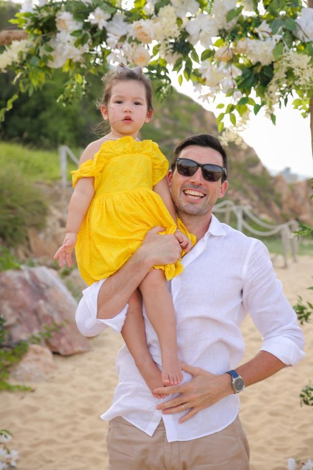 Hà Anh chịu chi đưa cả nhà đi nghỉ dưỡng nhân dịp sinh nhật con gái - 7