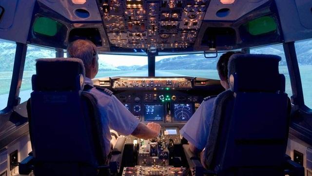 Bất ngờ vụ dừng bay 27 phi công Pakistan để xác minh nghi vấn bằng giả - 1