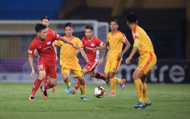 Nghịch lý của HA Gia Lai và CLB Viettel tại V-League - 2