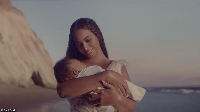 """Beyonce gây sốt với hình ảnh đẹp """"mãn nhãn"""" trong album visual mới - 11"""