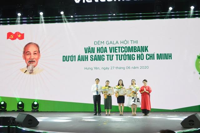 """Hội thi """"Văn hóa Vietcombank dưới ánh sáng tư tưởng Hồ Chí Minh"""" thành công tốt đẹp - 2"""